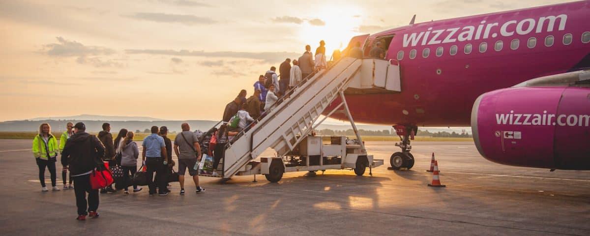 ليموزين مطار برج العرب والصيف