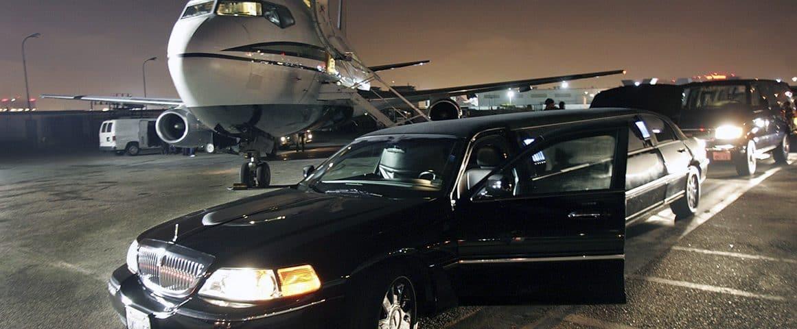 ليموزين مطار برج العرب الدولي من إيجيل رود ليموزين