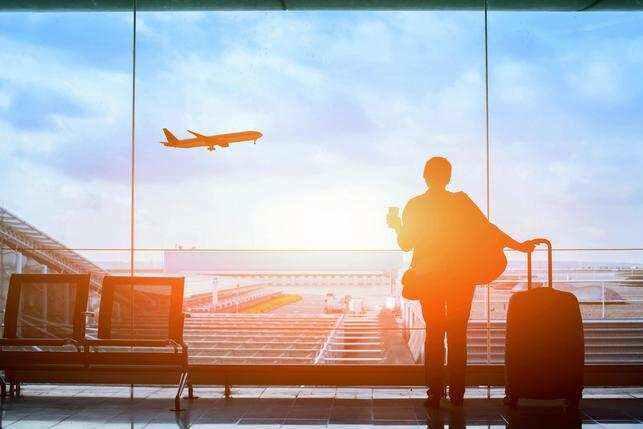 العودة بخدمة ليموزين مطار القاهرة من إيجيل رود ليموزين